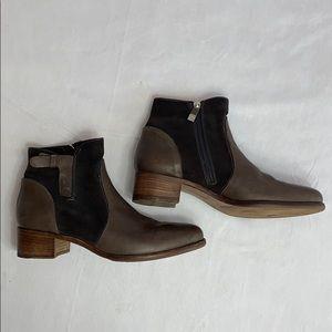 Alberto Fermani's Viola Ankle Boot Size 8